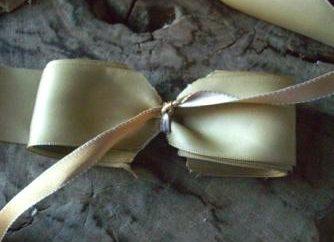Como amarrar um laço de fita-forma eficaz e em poucos minutos?