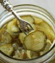 """Delizioso e croccante cetriolo """"Nizhyn"""": passo dopo passo la ricetta"""