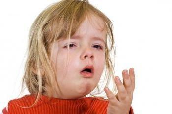 El tratamiento de la tos seca en un niño con rapidez y eficacia
