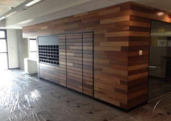 Fixation de bois de bois et d'autres surfaces