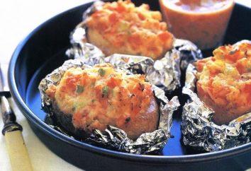 Cómo cocinar las patatas en papel de aluminio en el horno con salsa aromática?