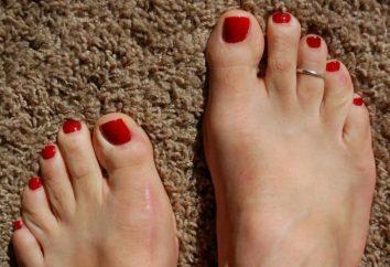 pedicure rosso con strass (foto)