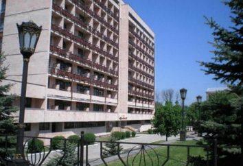 Le sanatorium militaire, Essentuki: une vue d'ensemble, les caractéristiques, les services et commentaires