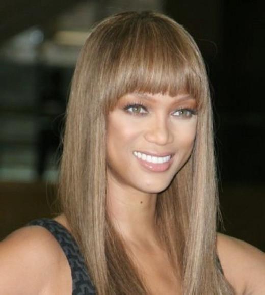 Ben noto il colore dei capelli biondo cenere per le donne CQ82