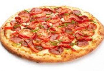 Pizza dans la pizzeria. Recette du chef italien