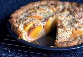 bolo delicado e saboroso com pêssegos. receita para